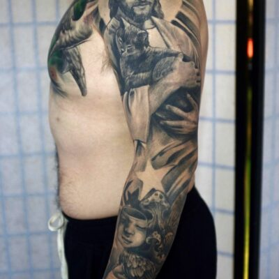 zhuo dan ting tattoo work 卓丹婷纹身作品 耶稣和猫花臂纹身 1
