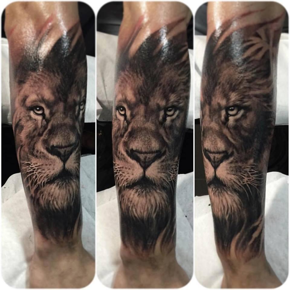 zhuo-dan-ting-tattoo-work-lion-tattoo卓丹婷写实狮子纹身