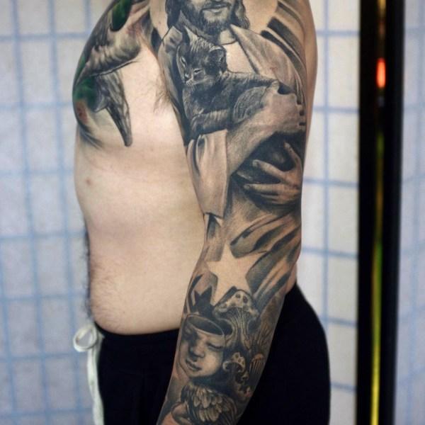 Zhuo-Dan-Ting-Tattoo-work-卓丹婷纹身作品-耶稣和猫花臂纹身