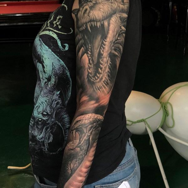 Zhuo-Dan-Ting-Tattoo-work-卓丹婷纹身作品-花臂龙和眼镜蛇纹身