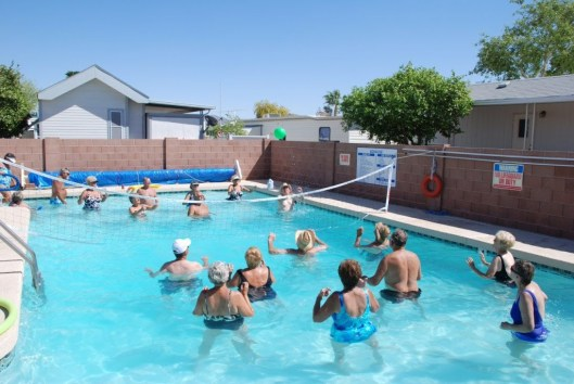Volleyball-at-the-Pool-Party1-1024x687