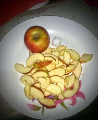 apples sliced for cooking