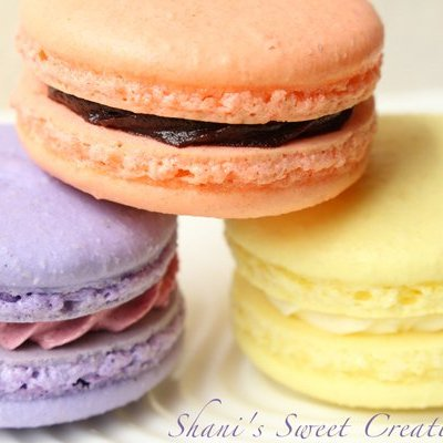 French Macarons Trio