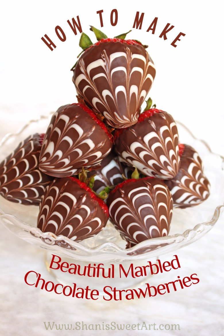 How to make beautiful marbled chocolate dipped strawberries #chocolatestrawberries #dippedstrawberries #fancystrawberries