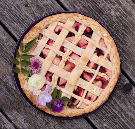 apple huckleberry pie recipe