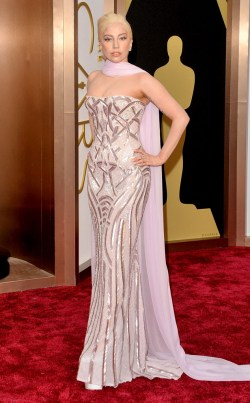 rs_634x1024-140302172525-634.lady-gaga-oscars-030214