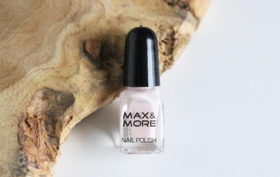3 M&M nagellak