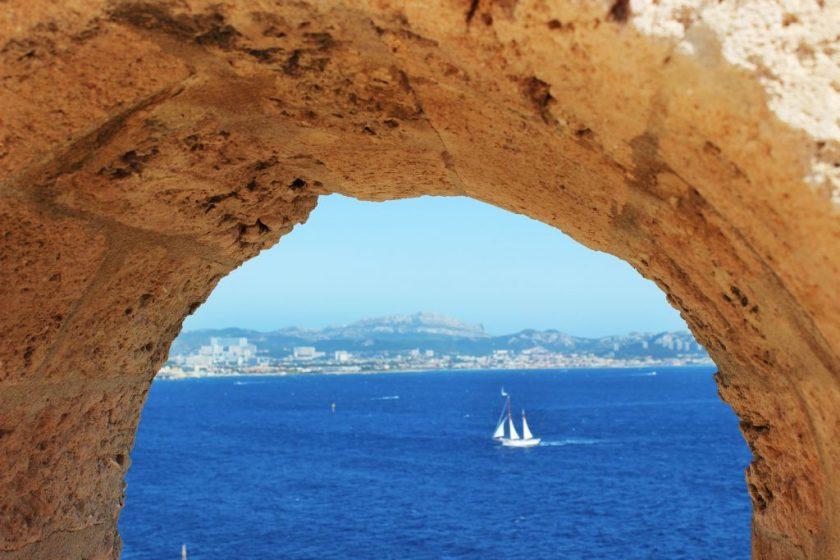Marseille_ChateauDif_Sea_Window