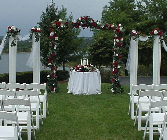 Shannons Custom Florals columns Wedding Rentals Springfield MO Eureka Springs (6)