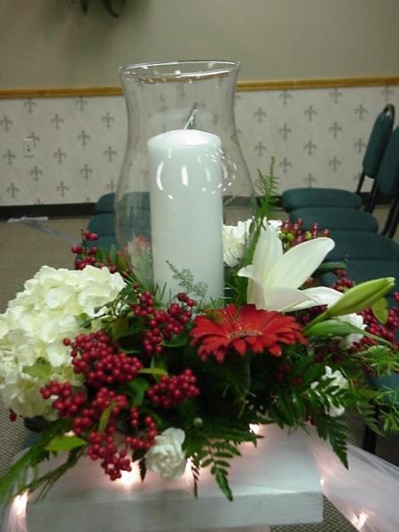 Shannons Custom Florals columns Wedding Rentals Springfield MO Eureka Springs (4)