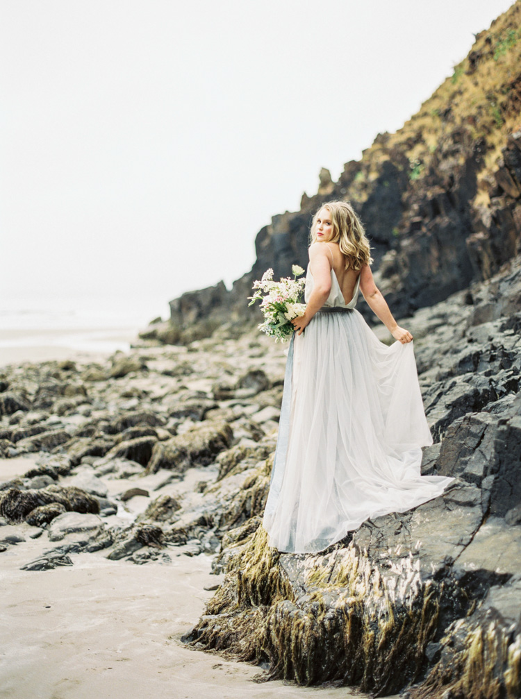 HARLEY Cannon Beach Bridal Wedding Inspiration Shannon