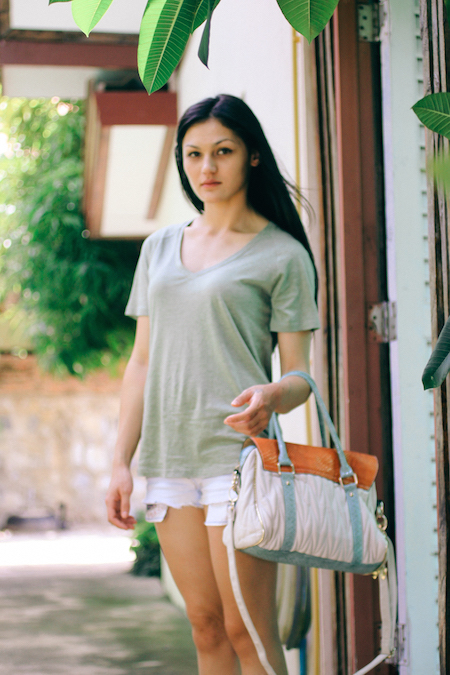 Half Thai fashion blogger, Shannon Valle.