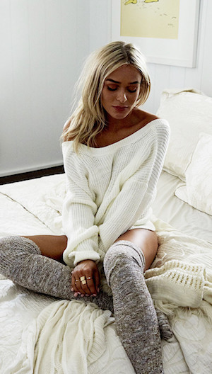 Cosy white knit jumper.