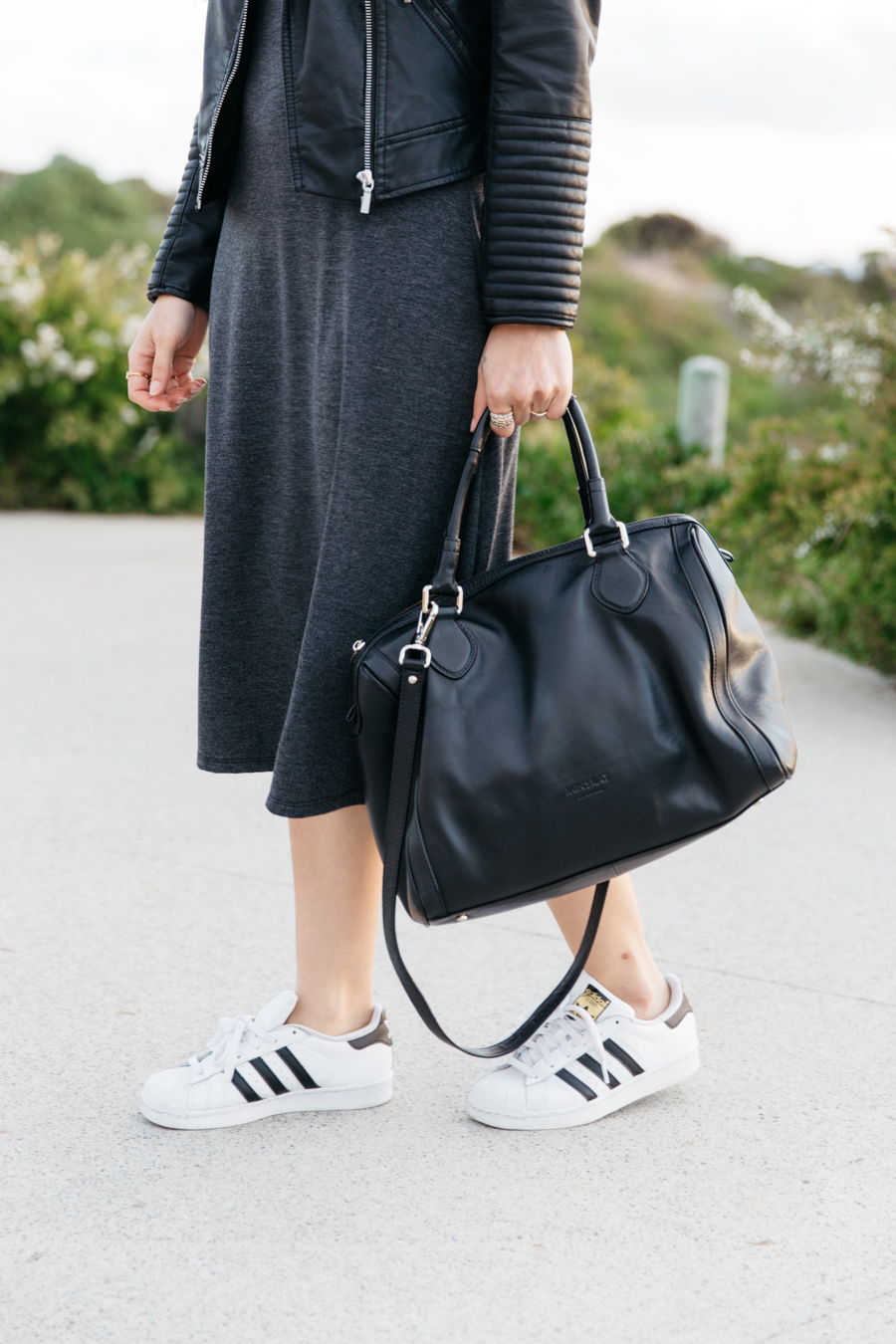 Minskat Copenhagen Mira bag with Adidas Superstars.