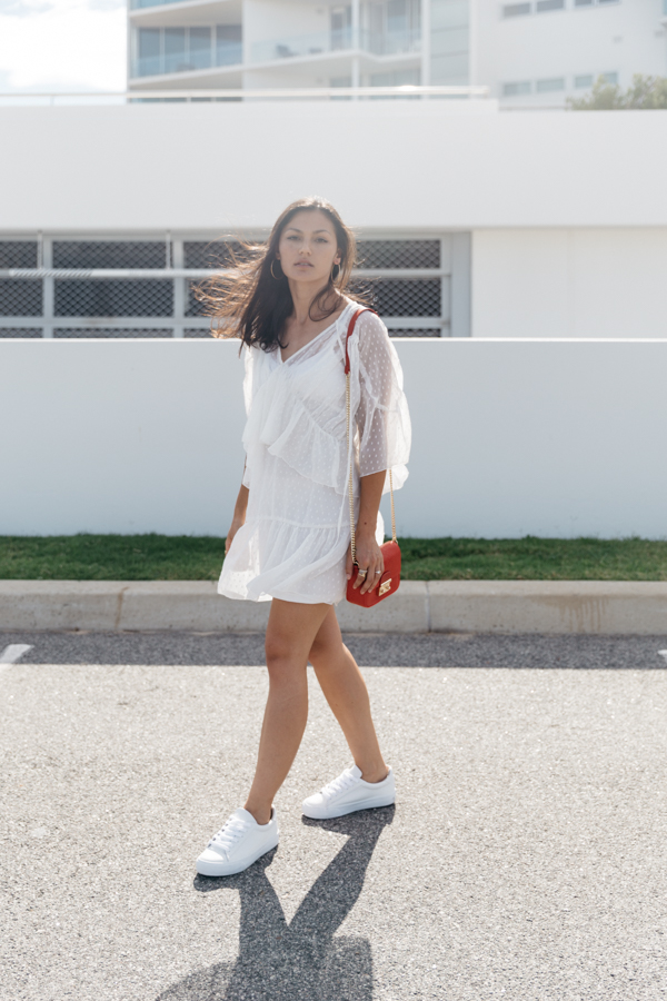 White lace smock dress. Debby tiered lace dress in white.