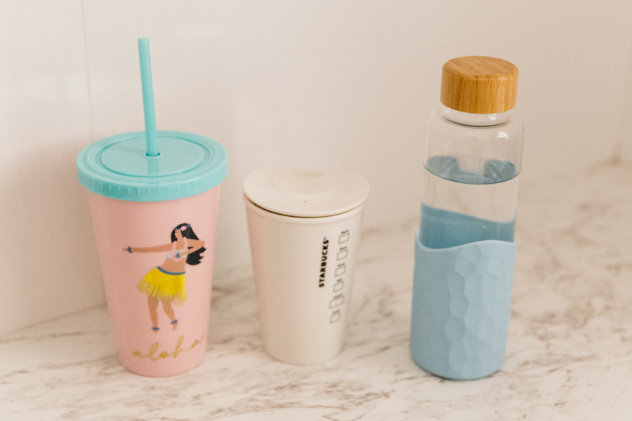 Reusable cups. Eco friendly water bottles. Eco blogger. Vegan blogger. Reusable smoothie cup with straw and lid. Kmart Aloha smoothie cup.
