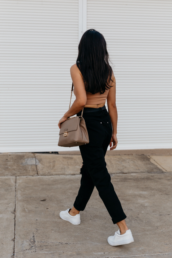 Black and brown outfit. Casual luxe outfit.
