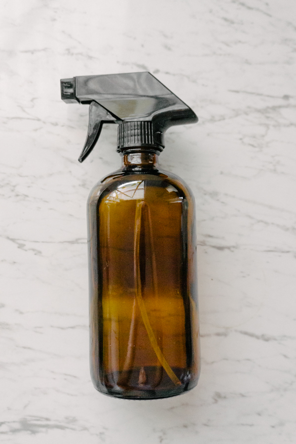 Making your own DIY cleaning products. Glass amber spray bottle from target Australia.