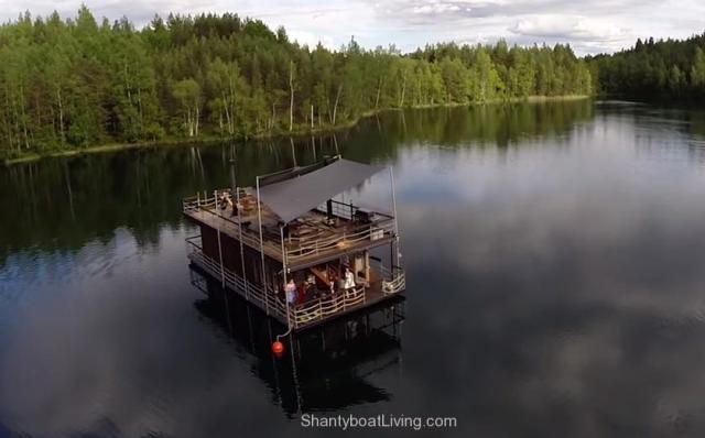Jalolautta - 145m² Floating house! - YouTube.clipular