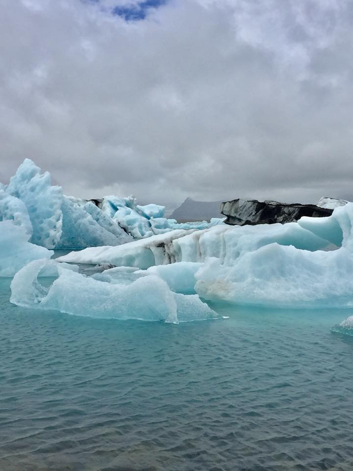 exploring the glacier lagoon iceland