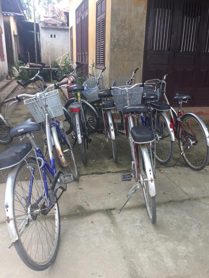 cycling around Cam Kim Island