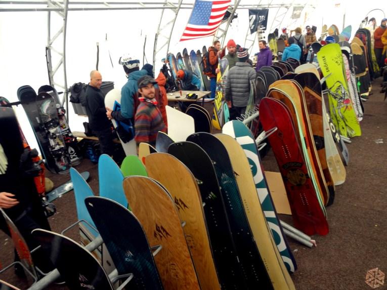tent_boards_powwow