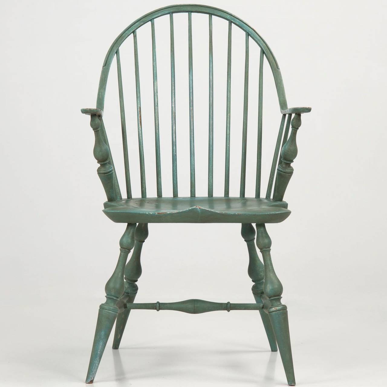 Windsor Style Chairs American Continuous Arm Windsor Style Chair 20th Century