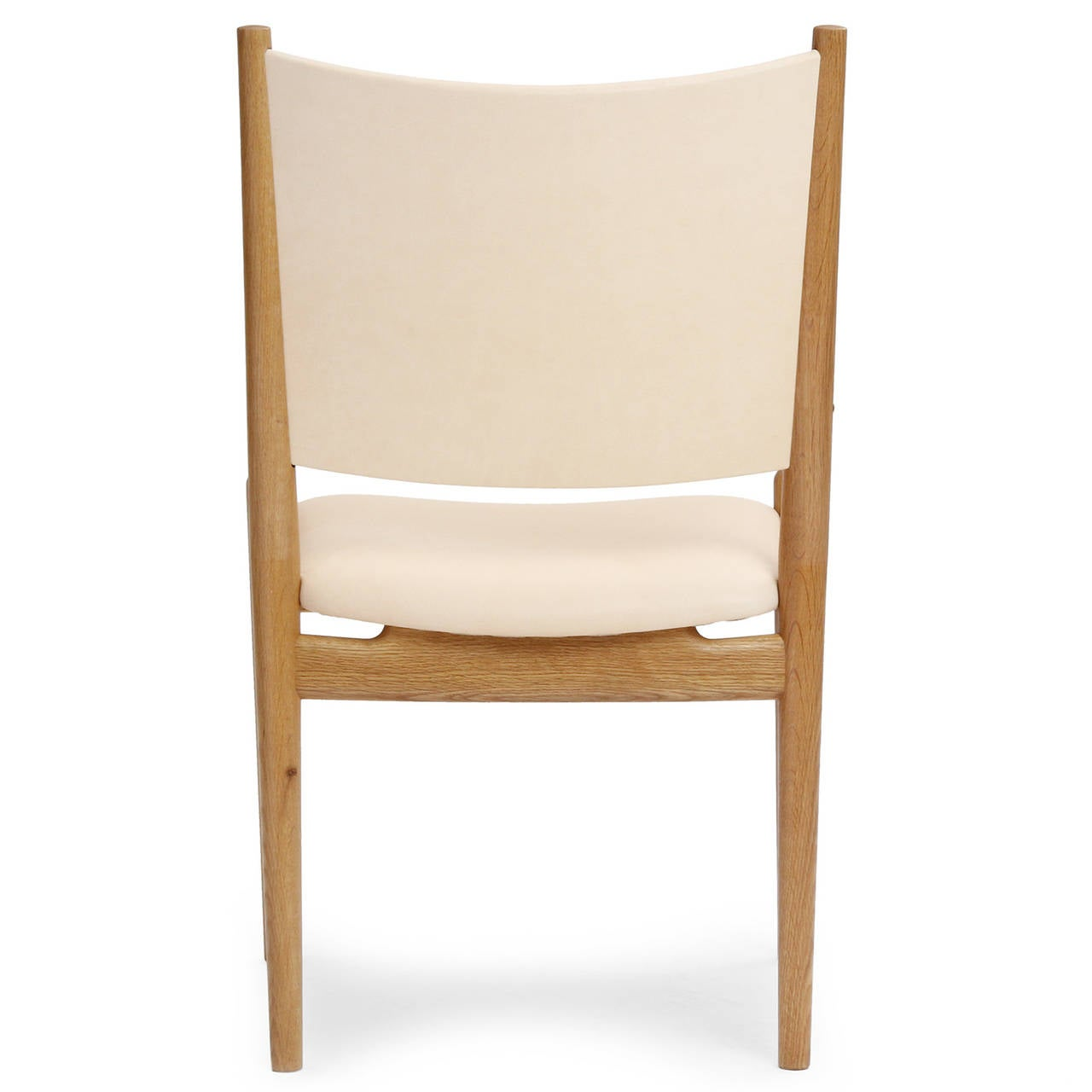 oak and white dining chairs round living room leather by hans wegner at 1stdibs
