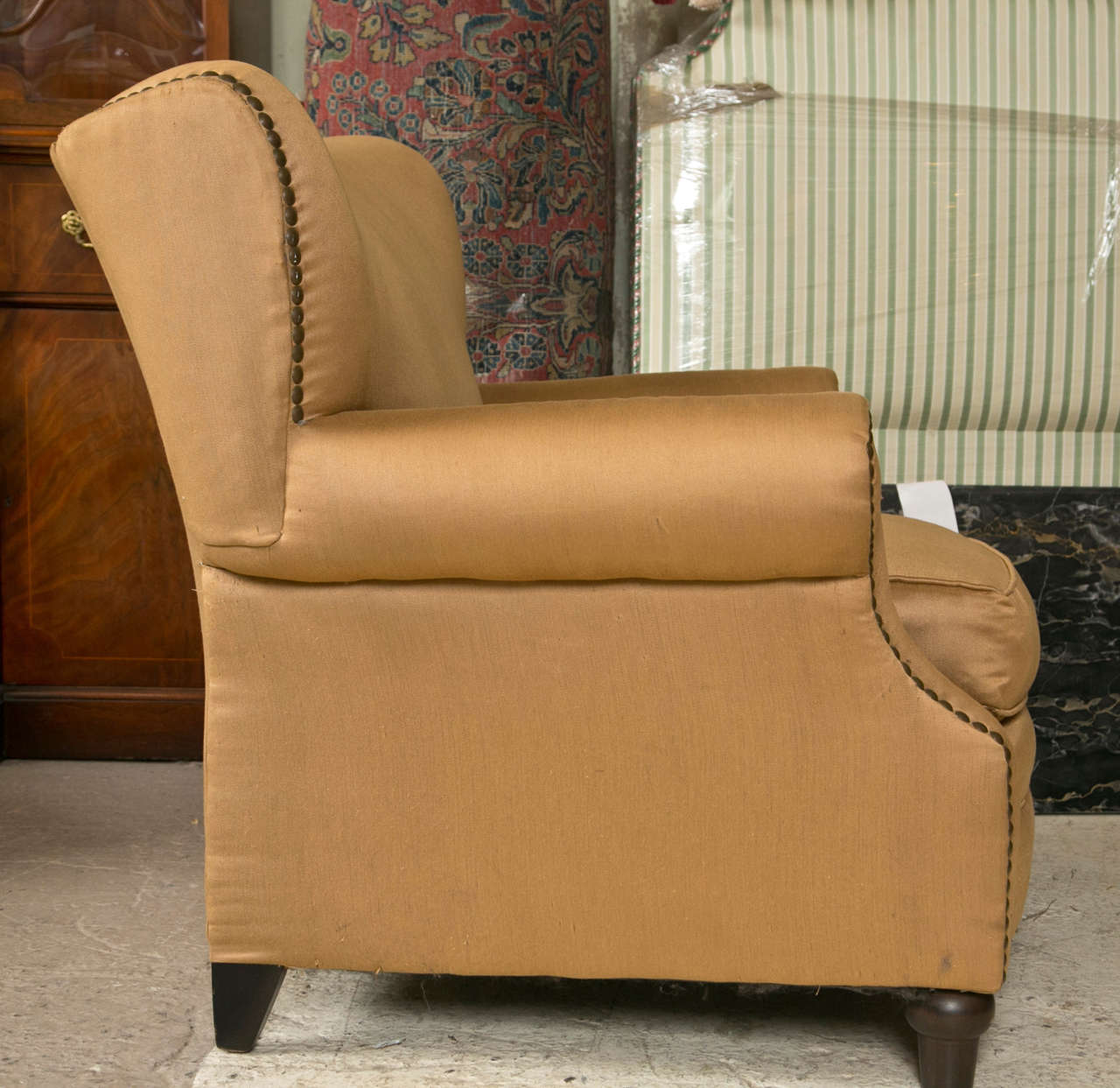 Comfy Oversized Chair Pair Of Overstuffed Oversized Arm Lounge Chairs At 1stdibs