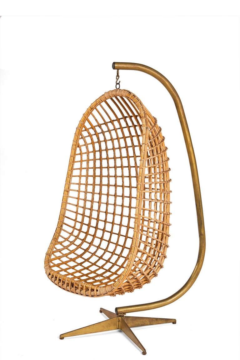 Hanging Egg Chair at 1stdibs