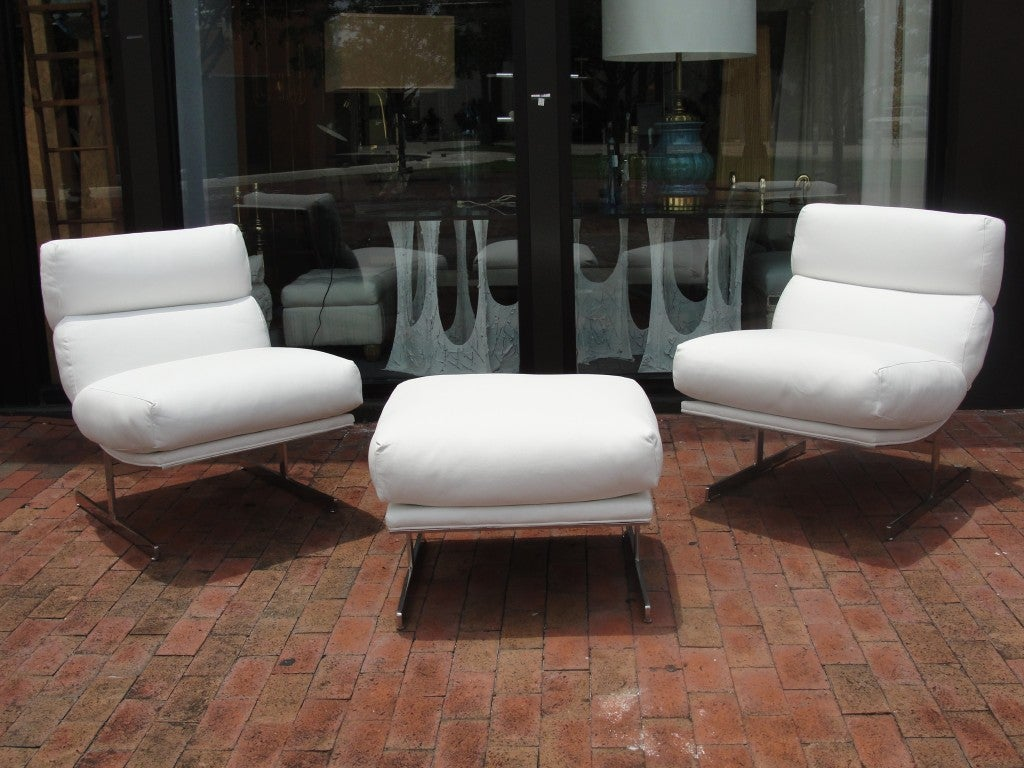 White Leather Chairs Pair Of Kipp Stewart White Leather Chairs And Ottoman At