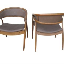 Gio Ponti Chair Recliner Chairs For Elderly Pair Of Modernist Style At 1stdibs