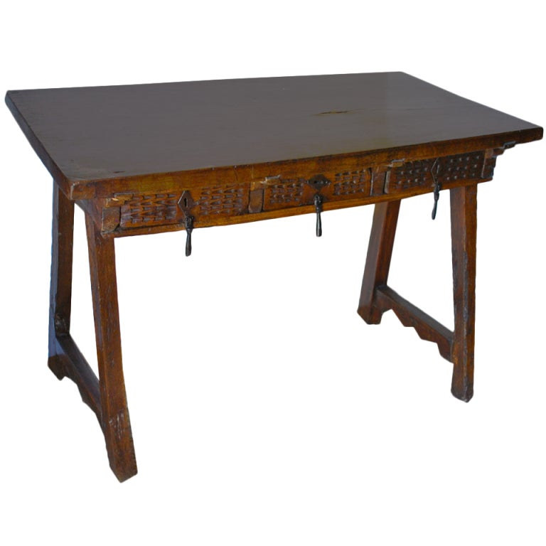 17th Century Spanish Desk Table at 1stdibs