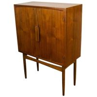 Mid Century Cocktail Cabinet - Bar Cabinet at 1stdibs
