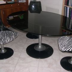 Tulip Table And Chairs Steel Easy Chair Price Glass 2 In The Style Of Saarinen At
