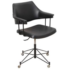 Desk Chair Utm Giant Pillow Pierre Paulin Cm197 Office Edited By Thonet In The