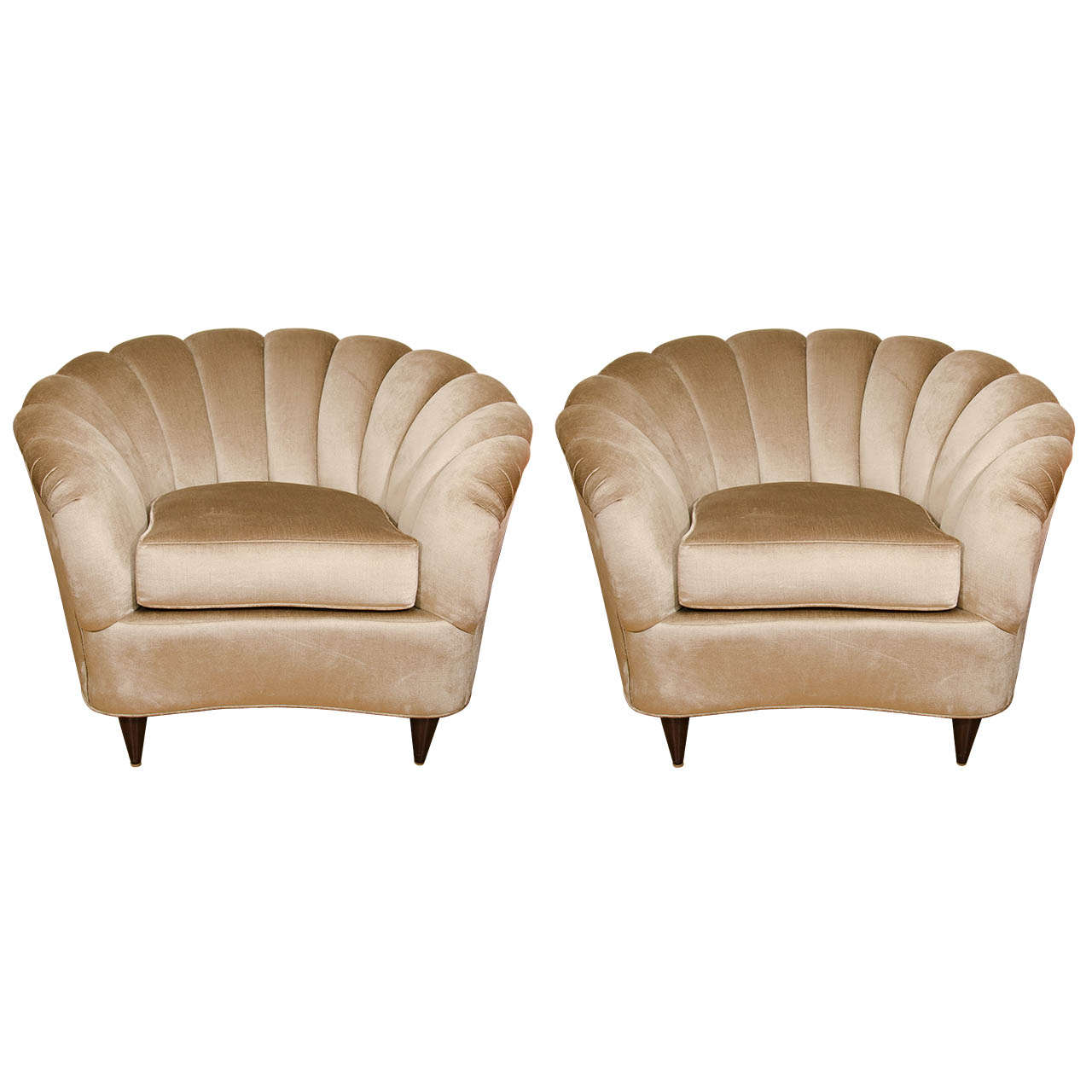 Fan Back Chair Pair Of Fan Back Upholstered Club Chairs At 1stdibs