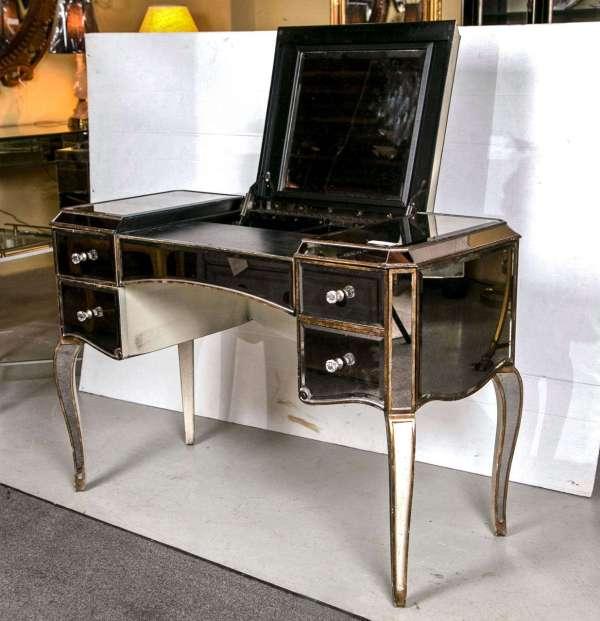 Hollywood Regency Furniture Vanity