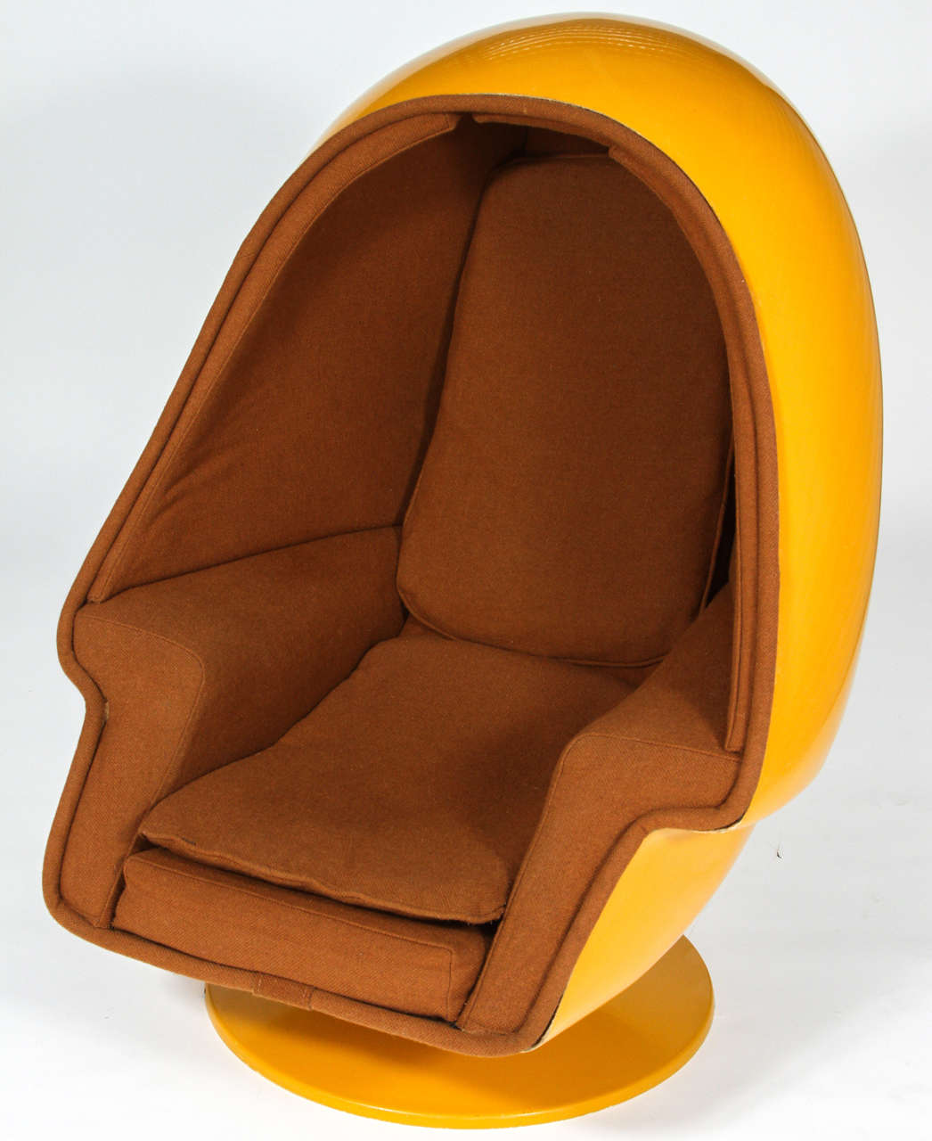 Yellow Egg Chair 1970 Vintage Lee West Alpha Chamber Egg Pod Stereo Chair