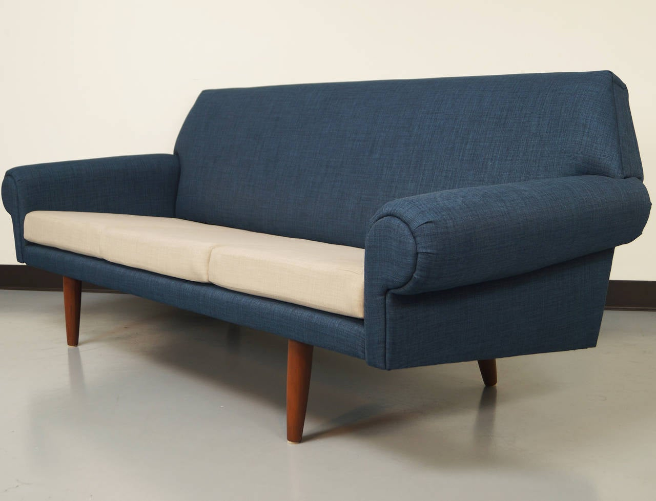 Danish Modern Sofa by Hans Wegner at 1stdibs