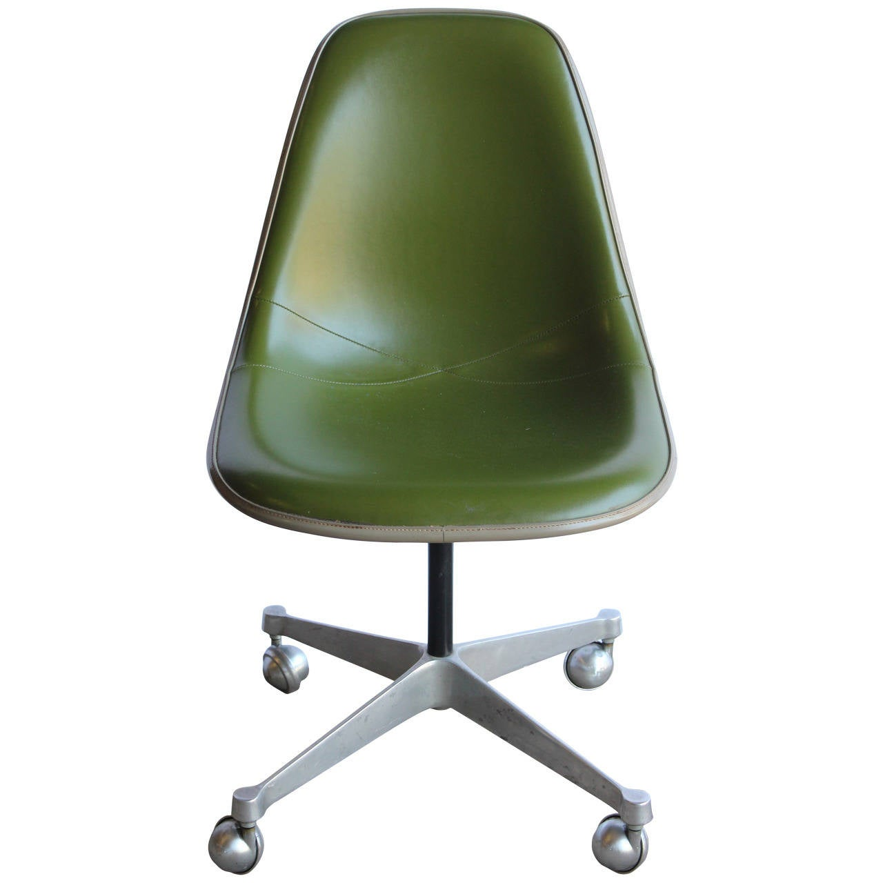 Herman Miller Eames Office Chair 1960s Charles Eames Desk Chair For Herman Miller At 1stdibs