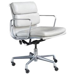 Desk Chair Utm Raynor Ergohuman Eames Soft Pad Management At 1stdibs