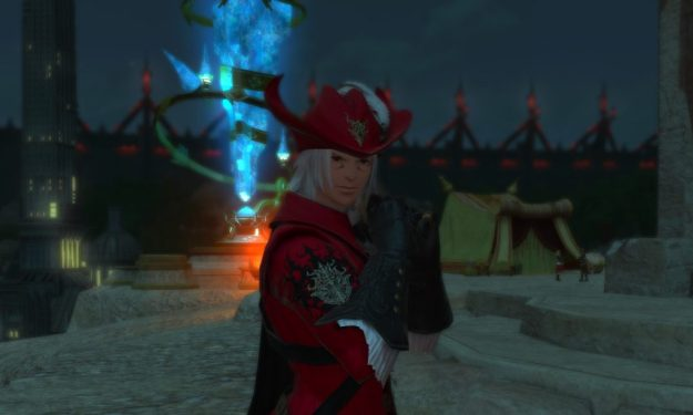 Rakuno posing with the level 70 Red Mage gear