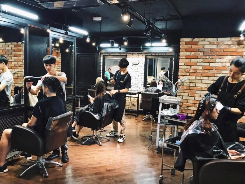 red circle hair salon &bar