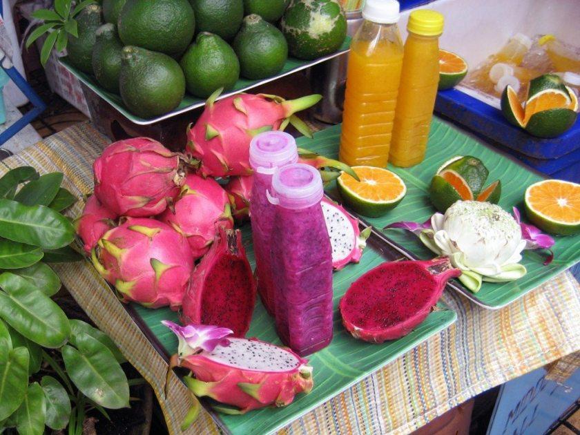 Dragon fruit and orange juices