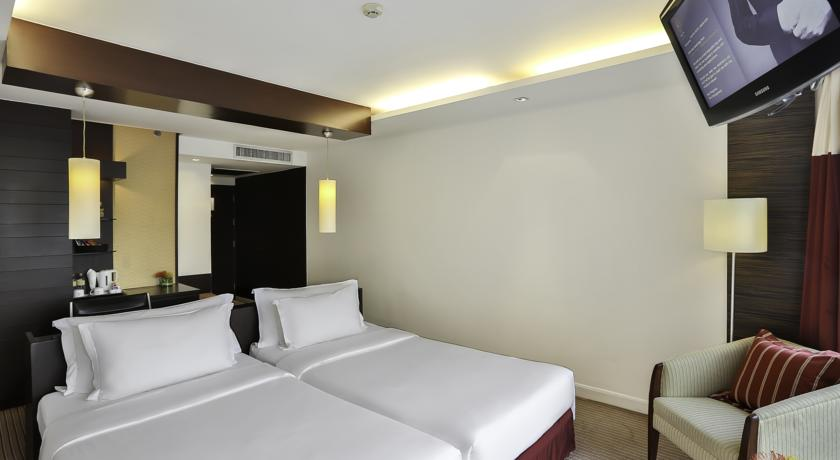 Eastin Grand Hotel Sathorn room