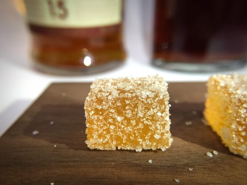 近期推出了以威士忌佐蘋果口味的法式軟糖