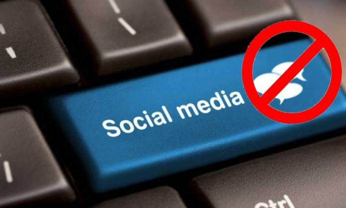 Government want to ban WhatsApp and Facebook in Govt offices