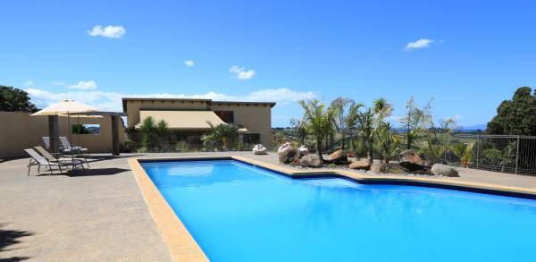 Rangihoua Villa pool