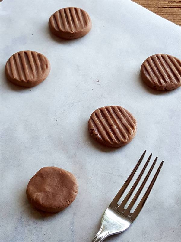 Chocolate Biscuits 1